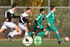 2017-11-04 HFC II in grün - SV Zeißig II in weiß 2:0 Foto: Werner Müller