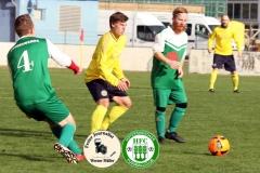 2017-10-21 Hoyerswerdaer FC I in grün - SC 1911 Großröhrsdorf in gelb 0:1 Foto: Werner Müller