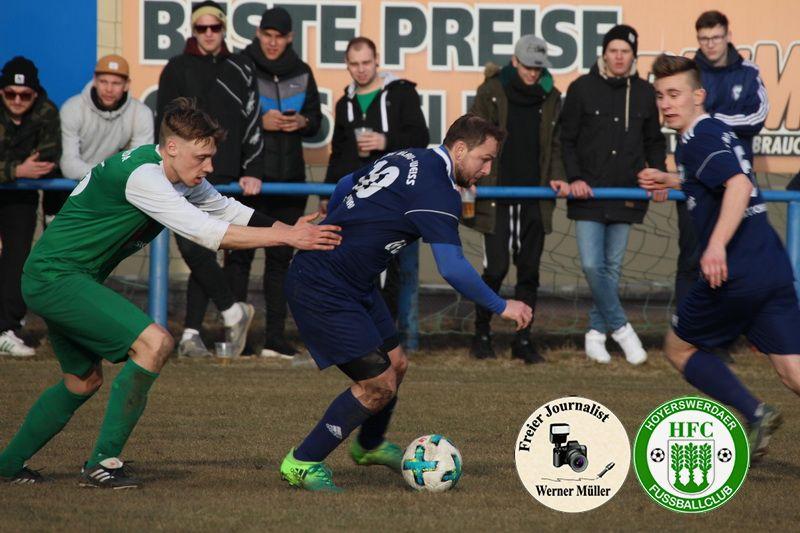 2018-03-10  Kreisoberliga  DJK Blau Weiß Wittichenau in blau  -  Hoyerswerdaer FC in grün  0:1 (0:0) Foto: Werner Müller