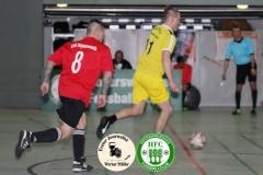 2019-01-19  Altliga Turnier HFC Aktivist HFC Hoyerswerda in gelb - ESV Lok Hoyersweda in rot  1:0  Foto: Werner Müller